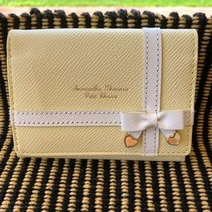 Samantha Thavasa small wallet